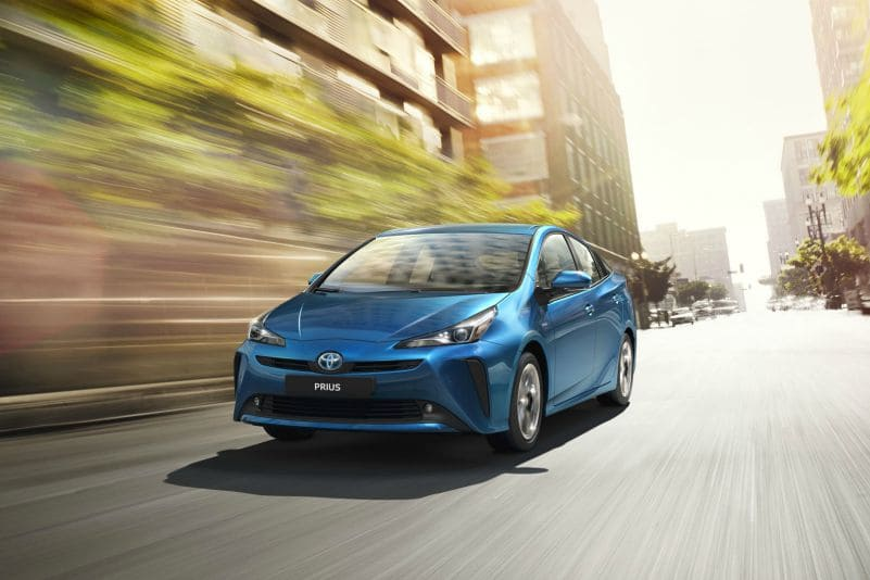 Toyota Prius - mejores coches 2020