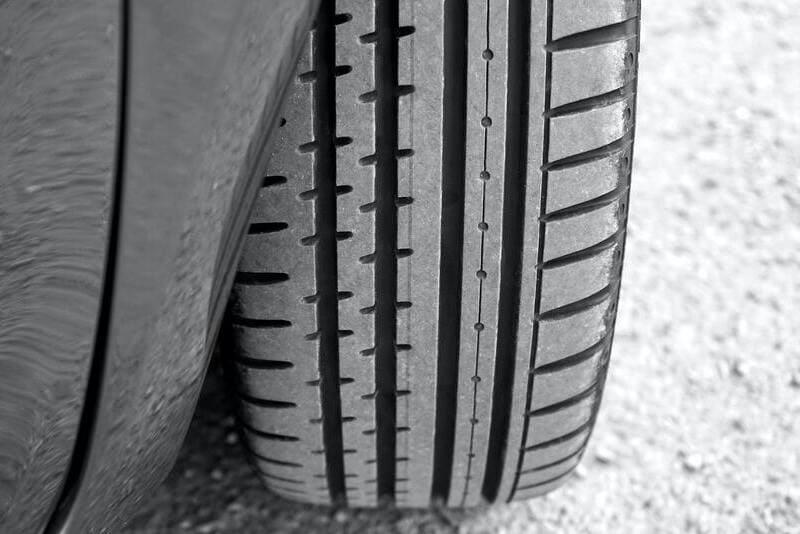 Neumáticos en mal estado