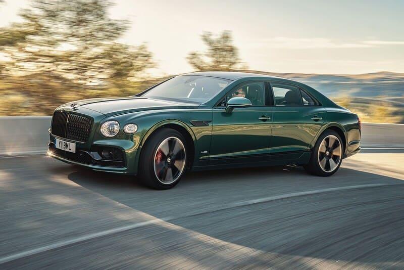 coches de lujo más vendidos: Bentley Flying Spur