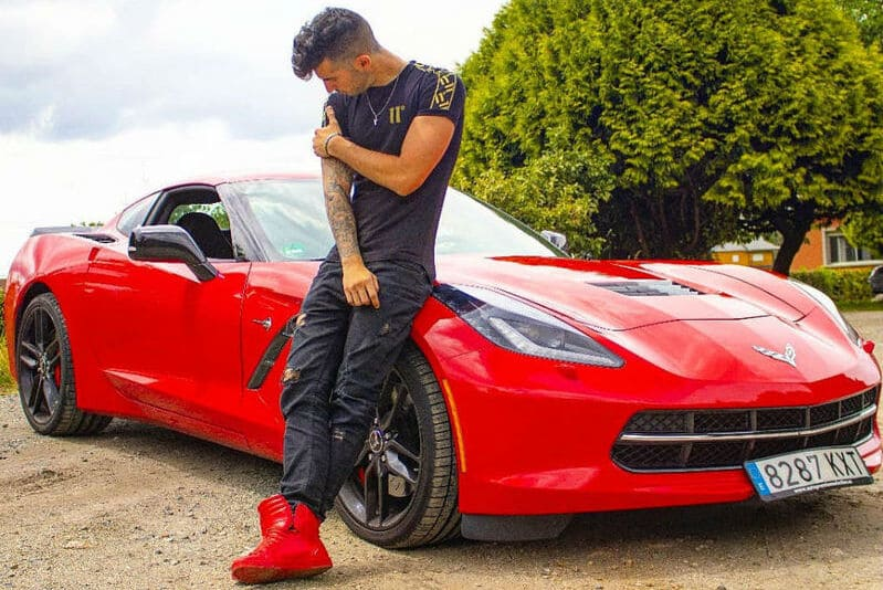 Coches de los youtubers españoles: Makiman131 Corvette C7