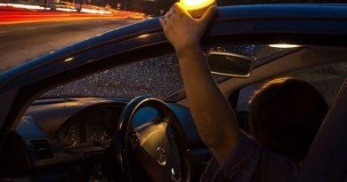 luz de emergencia V16
