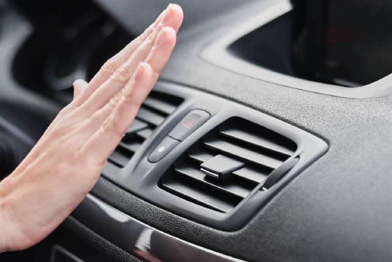 averías aire acondicionado del coche