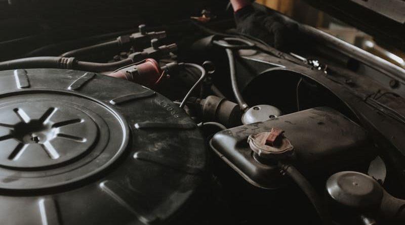 mirar el nivel de aceite del coche